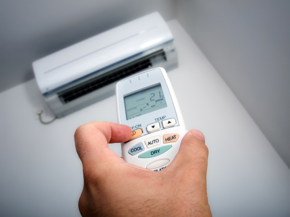 Should Your A/C Be On The Whole Day? Or Should You Turn It Off?-Air conditioning_Bradenton