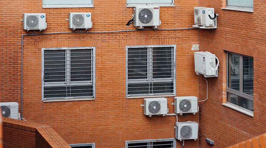 What to do with condensation on air conditioning vents